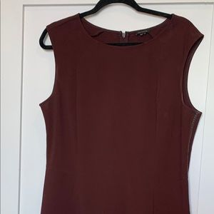 Burgundy sleeveless shift dress